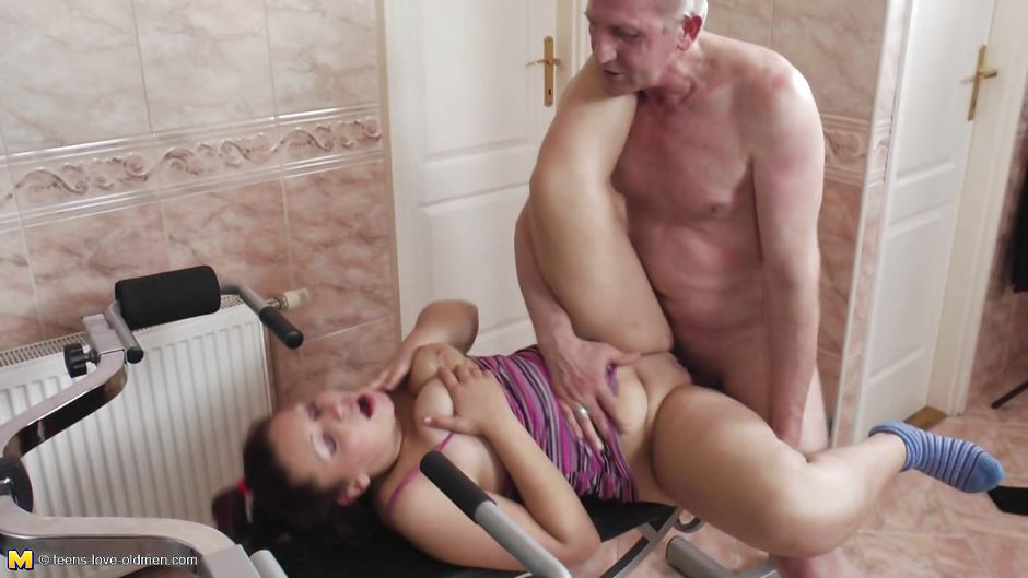 daughter catches mom ass fucking